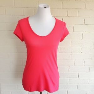 Banana Republic coral basic stretchy tee
